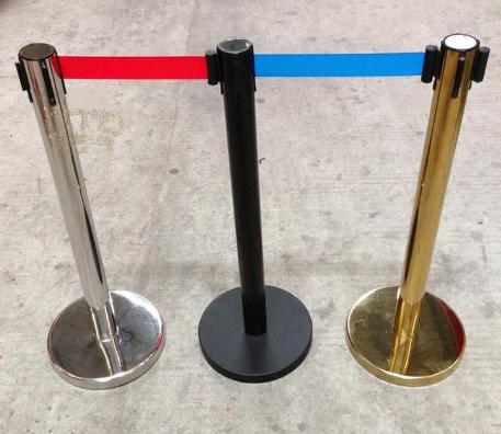 Cột chắn inox 5m dùng cho sân bay